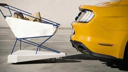 """Ford розробив """"розумні"""" візочки для супермаркетів: що вони вміють"""