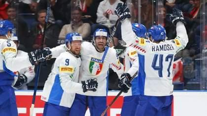 """Італія виграла """"битву за життя"""" на ЧС з хокею, Канада розгромила Данію: відео"""