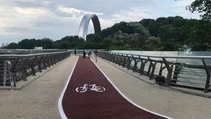 """""""Міст Кличка"""" та його тріщини: що треба знати про будівництво та відкриття"""