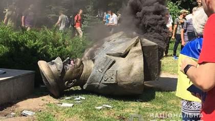 По поводу сноса бюста Жукова в Харькове полиция открыла дело