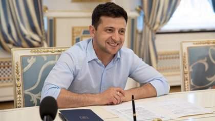 Зеленский провел экскурсию по Администрации Президента: фото и видео