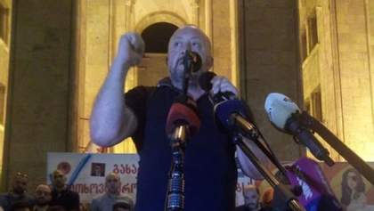 Екс-президент Грузии Маргвелашвили присоединился к протестующим в Тбилиси