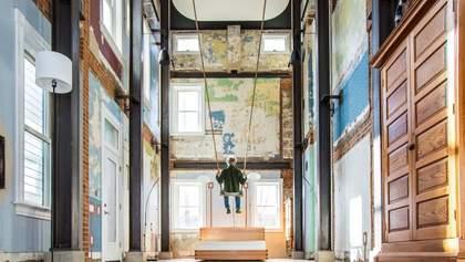 Дом с качелей: игривый интерьер в доме XIX века – фото