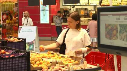 Супермаркети Львова відмовляються від пластику: як реагує керівництво магазинів і покупці