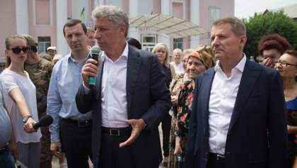 На окрузі брата Медведчука перераховують голоси: охорону посилили