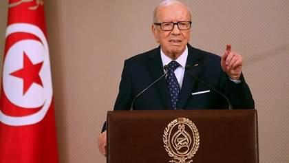 Помер президент Тунісу Беджі Каїди Ес-Себсі