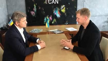 Журналист 24 канала взял интервью у новоназначенного секретаря СНБО Данилюка