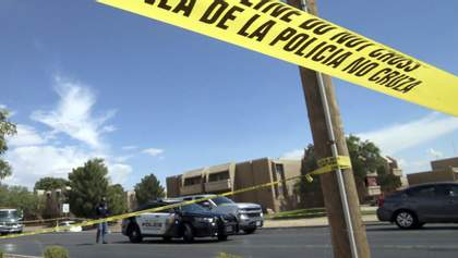Моторошна стрілянина у торговому центрі США: коментарі очевидців