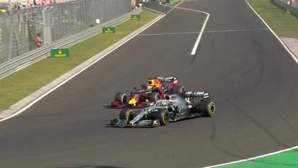 Хэмилтон выиграл Гран-при Венгрии, обогнав Ферстаппена за четыре круга до конца гонки