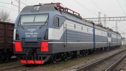 """""""Уникнути колапсу"""": Омелян пообіцяв вирішити проблему з локомотивами найближчим часом"""