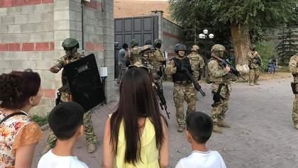 Штурм резиденции экс-президента Кыргызстана: есть погибший и много раненых