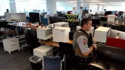 Редакцию американского издания экстренно эвакуировали: сообщили о вооруженном мужчине – фото