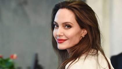 Анджелина Джоли показала свой роскошный дом в тропических лесах: потрясающее видео