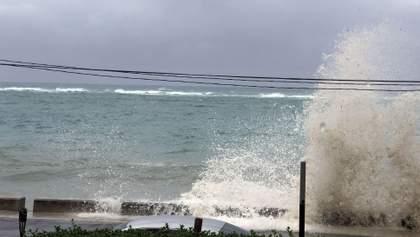 """Потужний ураган """"Доріан"""" дістався Багамських островів: приголомшливі відео"""