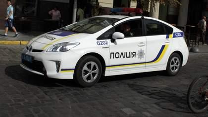 """В Одессе задержали иностранца, который расстрелял авто и ограбил отделение """"Новой почты"""""""