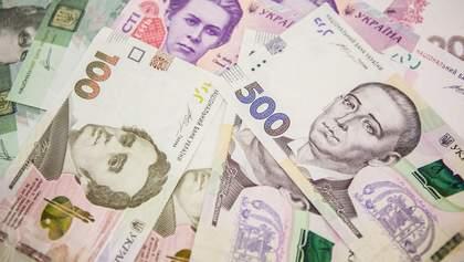 Педагогам и ученым повысят зарплату: когда и на сколько