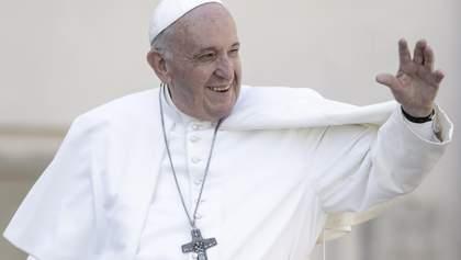 Радуюсь за освобожденных, – Папа Франциск поздравил Украину с возвращением политзаключенных