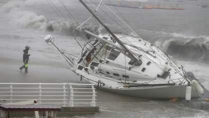 Потужний тайфун Тапа дістався до Південної Кореї: є загиблі – фото, відео