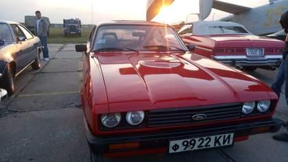 У Києві стартував фестиваль раритетних та ексклюзивних автомобілів: вражаючі фото
