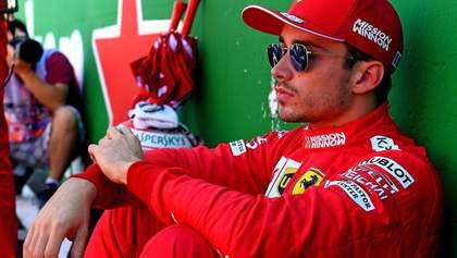Пилота Ferrari Леклера оштрафовали за аварию на Гран-при Японии: видео
