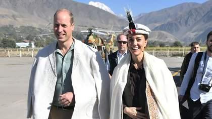 Принц Уильям и Кейт Миддлтон побывали на границе с Афганистаном: красноречивые фото