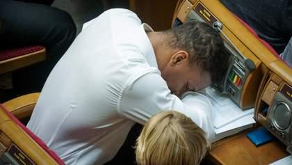 """""""Квартал 95"""" высмеял депутата от """"Слуги народа"""" Жана Беленюка, который спит в Верховной Раде"""
