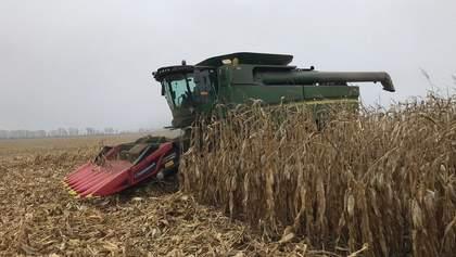 """Конкурентні зарплати в агробізнесі залучають у галузь все більше молоді, – """"Укрлендфармінг"""""""