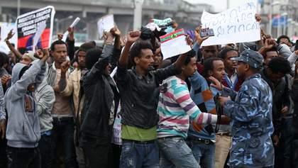 В Ефіопії тривають криваві протести проти Нобелівського лауреата миру