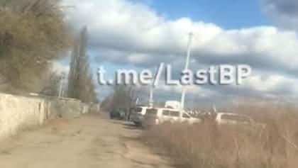 Изоляция: бойцы-добровольцы показали, как живет Золотое-4 после разведения – видео