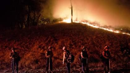 Пожежі у Каліфорнії: вперше оголосили екстремальний рівень небезпеки – фото та відео
