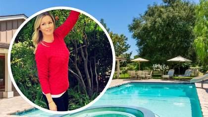 """Звезда """"Беверли-Хиллз"""" Дженни Гарт продала поместье в штате Калифорния: фото роскошного дома"""