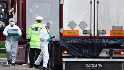 Вантажівка з 39 трупами у Британії: затримано 8 підозрюваних