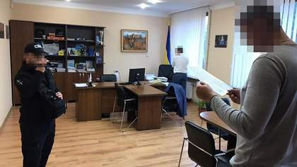 Обшуки у міськраді Ужгорода: заступник мера організував мільйонні махінації