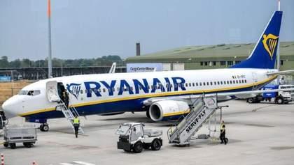 У трьох літаках Ryanair виявили тріщини, їхню експлуатацію припинили