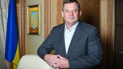 Дубневич переписал подконтрольную фирму на сына, – САП