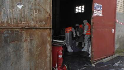 В Україні 10 років не вивозили небезпечні хімікати: де зберігалися речовини