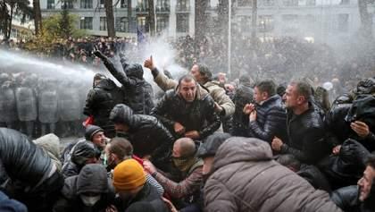 Протесты в Тбилиси: полиция отпустила всех задержанных