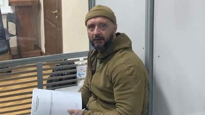 Судове засідання було зрежисоване, – адвокат про обрання запобіжного заходу Антоненку