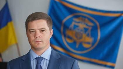 Дело контрабандиста Альперина: суд отменил домашний арест заместителю главы Киевской таможни