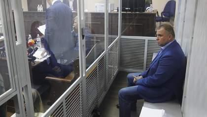 Суд разрешил снять электронный браслет с Гладковского