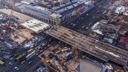 Шулявский мост уже асфальтируют: когда восстановят движение автомобилей
