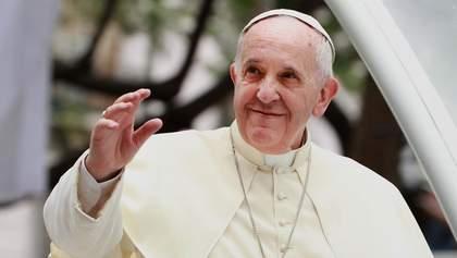 У Ватикані розпочалася різдвяна літургія під проводом Папи Римського: онлайн