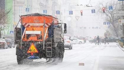 Киевских водителей предупредили о снегопадах перед новым годом