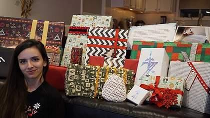 Мільярдер Білл Гейтс подарував незнайомці 37 кілограмів подарунків