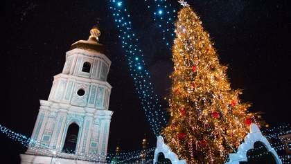 Скільки людей зустрічали Новий рік на Софіївській площі: фото