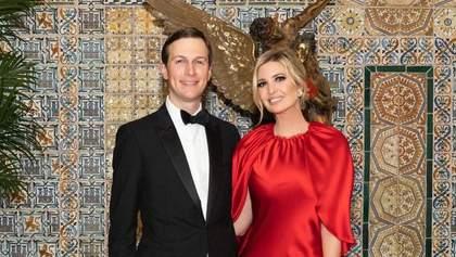 Иванка Трамп встретила Новый год в красном атласном платье: фото и видео