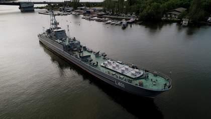 Відремонтували найбільший в Україні десантний корабель: відео