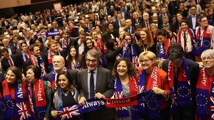 Совет ЕС окончательно ратифицировала Brexit: Британия предпоследний день является членом ЕС
