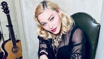 Мадонна возобновила выступления: почему звезда запретила фанам пользоваться смартфонами