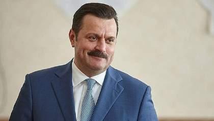 Соратники Деркача привласнили землю під Києвом на мільярд гривень, за справу взялась СБУ